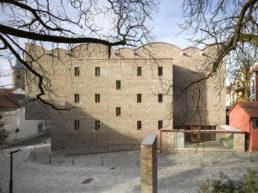 Frontansicht-Kunstmuseum-Roland-Halbe